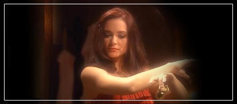نون بدلة رقص حمرا وبترتر